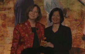 Co-chair of the Women's Opportunity Network (WON) (left) honors Reeta Roy, on behalf of the MasterCard Foundation, with the 2011 International Women's Leadership Award.